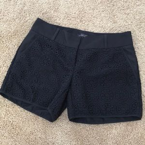 The Limited size 2, black lace shorts